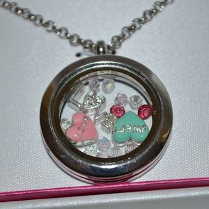 Love Sweet Heart Floating Charms Locket Necklace